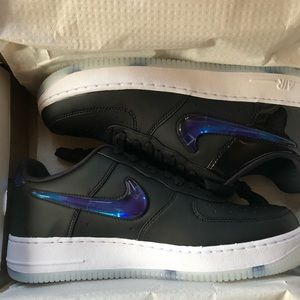 NIKE AIR FORCE 1 PLAYSTATION QS '18